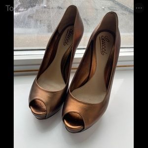 Gucci Sofia Peep-Toe Heels - Bronze